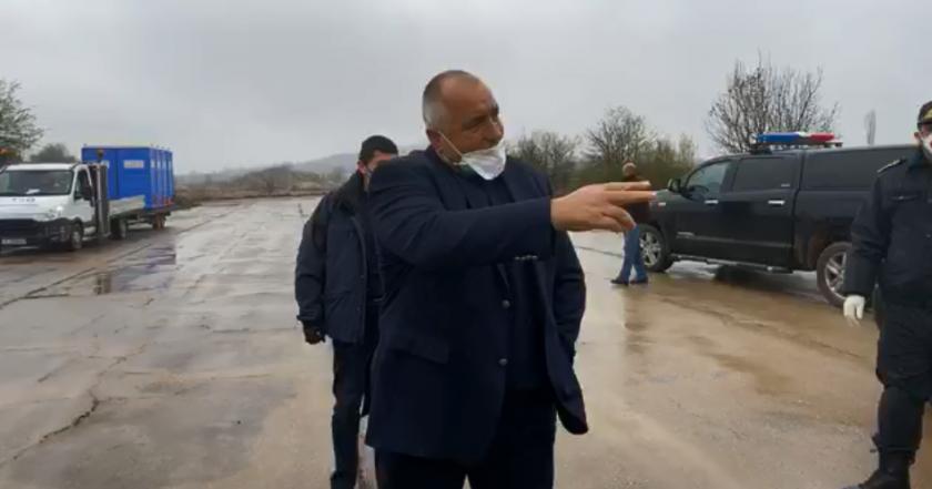 Борисов проверява паркинг за тирове на Капитан Андреево (НА ЖИВО)