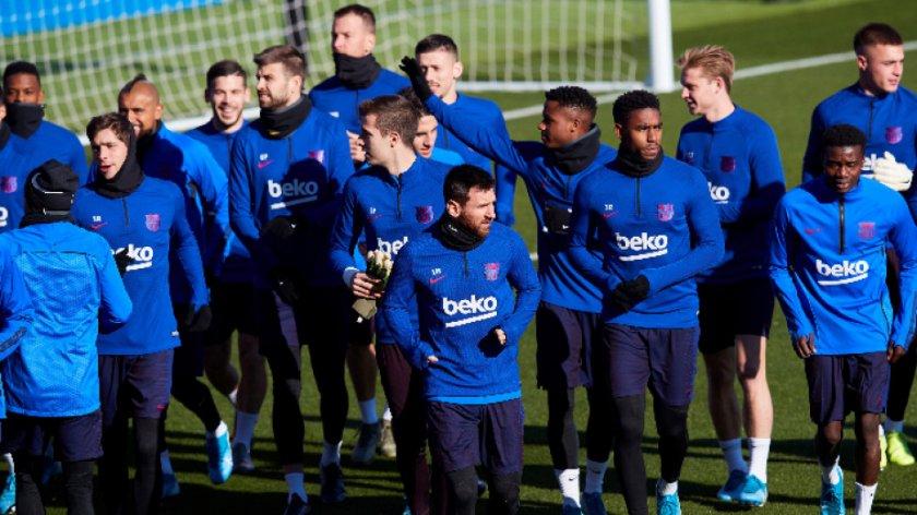 И Клуб Барселона с антикризисни мерки