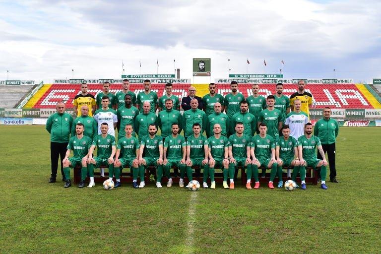 Футболистите на Ботев Враца се отказаха от част от заплатите си