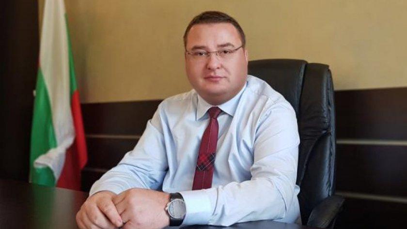Кметът на Свищов дарява заплатата си
