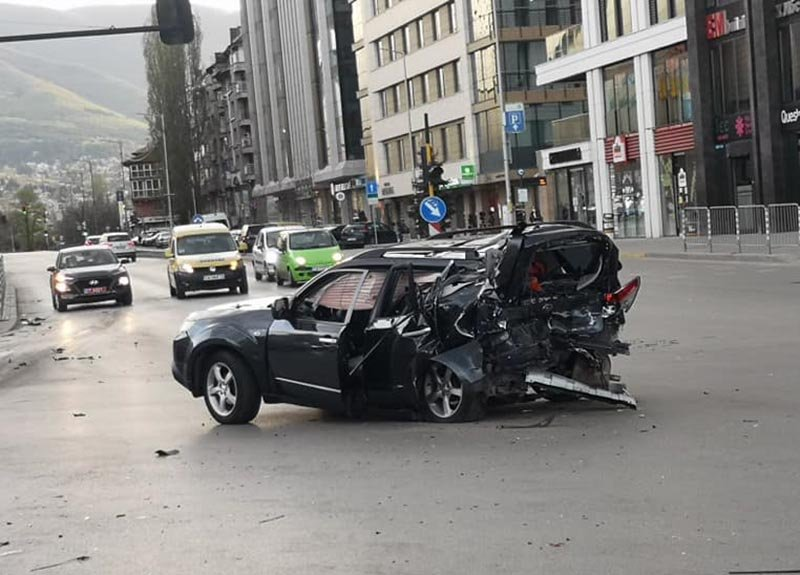 Шефът на СДВР: Автомобилът на Милен Цветков е отхвръкнал на 20 м от удара