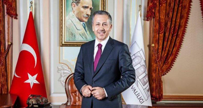 Валията на Истанбул поема временно и кметския пост
