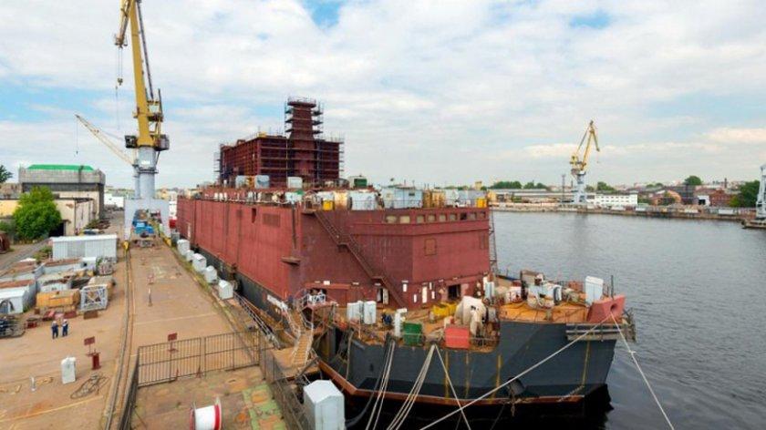 Русия пусна в експлоатация първата в света плаваща АЕЦ