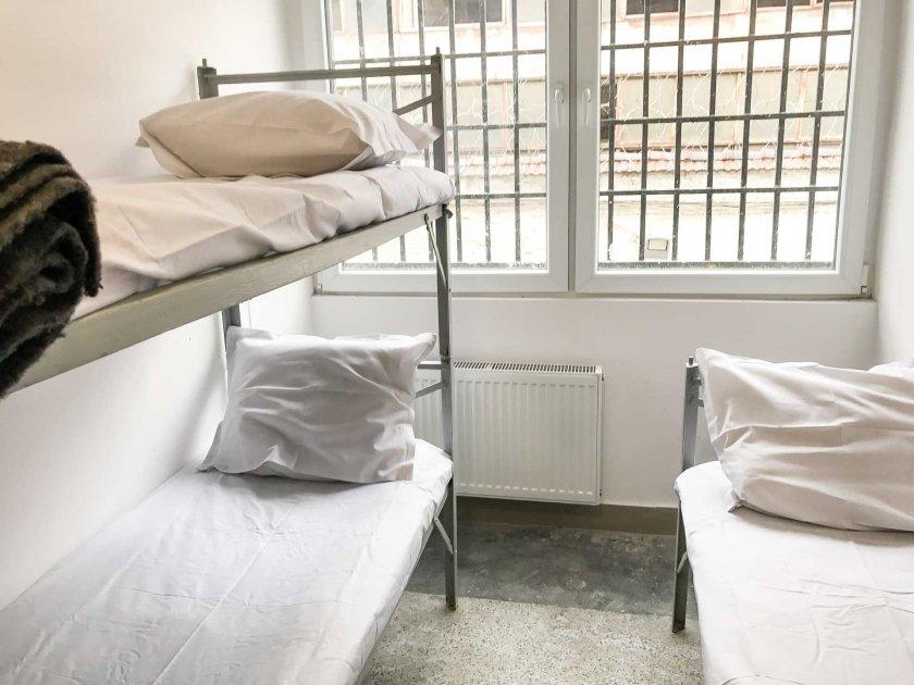 Затвор и глоба за пласьор на марихуана във Варна