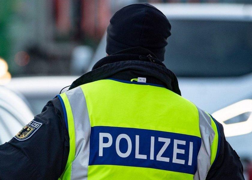 Арестуваха 60 протестиращи срещу ограниченията в Берлин