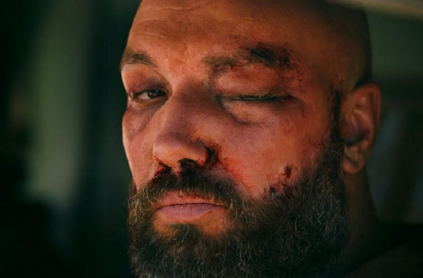 Захари Бахаров жестоко пребит... ама на кино