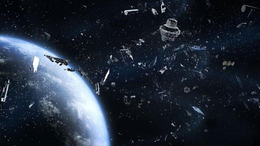 Японски спътник чисти боклуците в Космоса