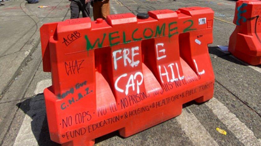 Автомобил се вряза в протестиращи в Сиатъл