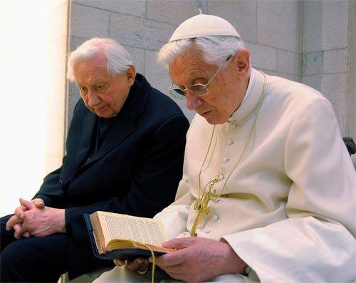 Почина братът на папа Бенедикт