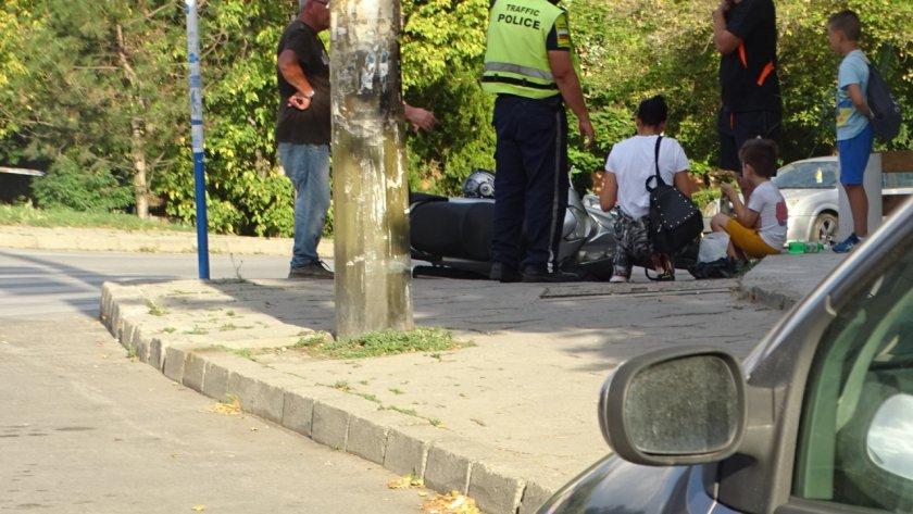 Моторист блъсна жена в Благоевград