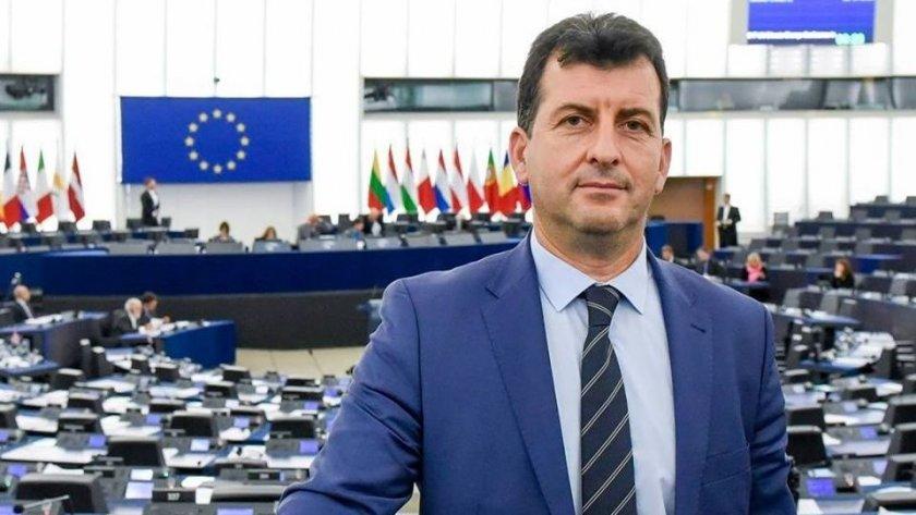 Евродепутат с 2 сигнала за злоупотреби в детска градина