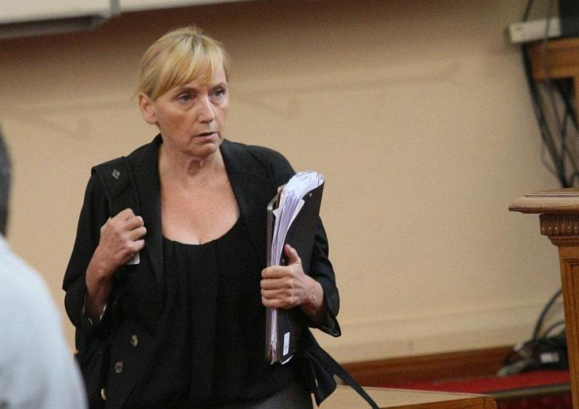 Елена Йончева: Време е ЕК да се намеси в България!