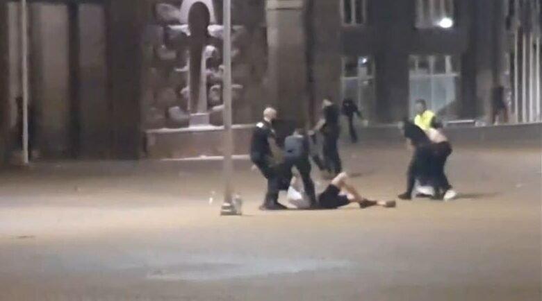 """Пребитият от полицията студент напусна """"Пирогов"""""""