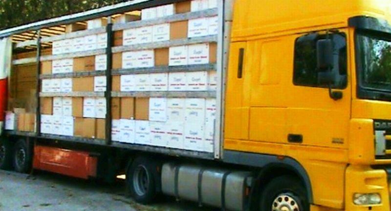 Митничари задържаха 30 000 кг незаконен тютюн