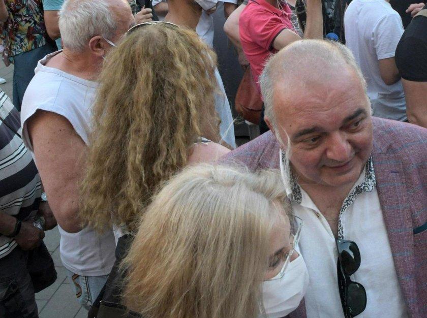 Арман Бабкиян при протестиращите на пътя Стара Загора – Хасково