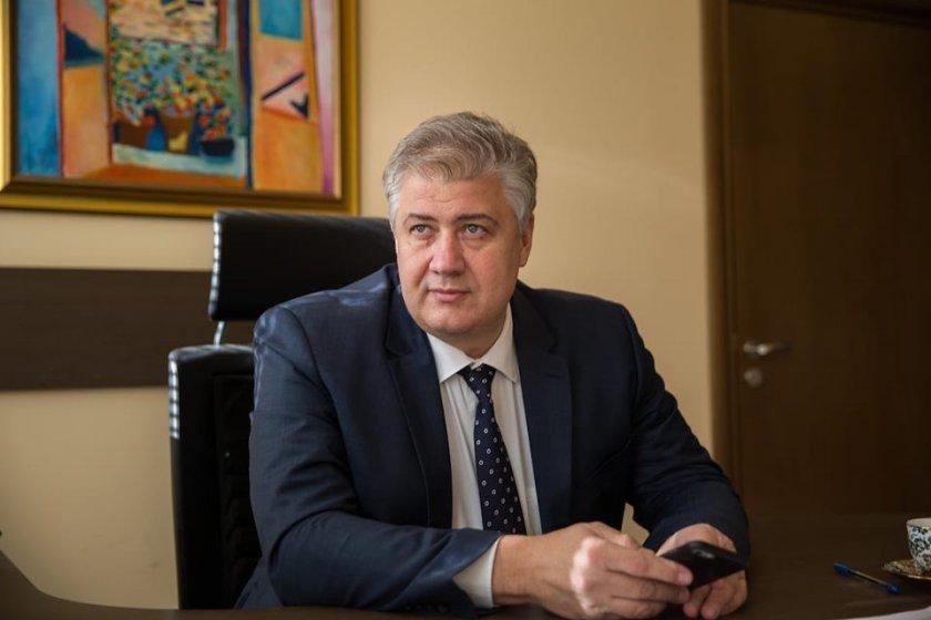 """Прогнозата на шефа на """"Пирогов"""": До края на септември заразените с COVID у нас ще бъдат над 20 000"""