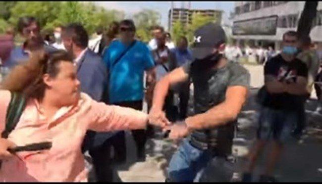 Нападателят на Полина Паунова: Протестиращите ми обещаха пари