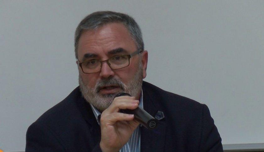 Ангел Кунчев: Осигуряването на медицинска помощ ще стане трудно