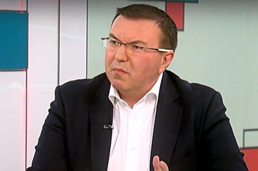 Проф. Ангелов: Заболелите медици в Пазарджик са 11