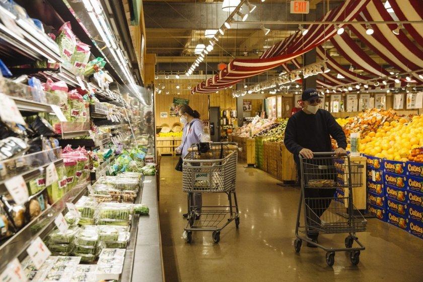 23% спад сред клиентите в магазините на големите вериги