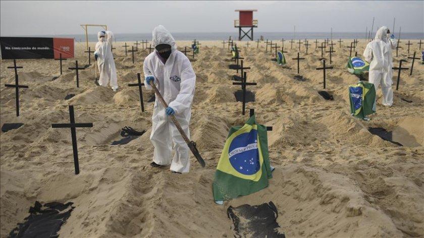 Коронавирусът коси наред, в Мексико свършиха смъртните актове