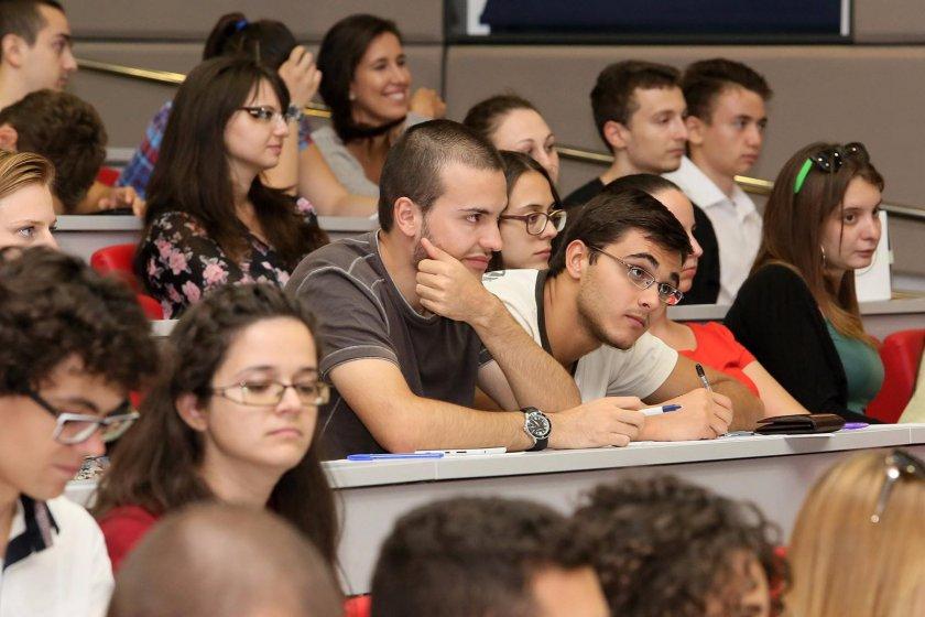 След Брекзит: Студентите на Острова намаляват