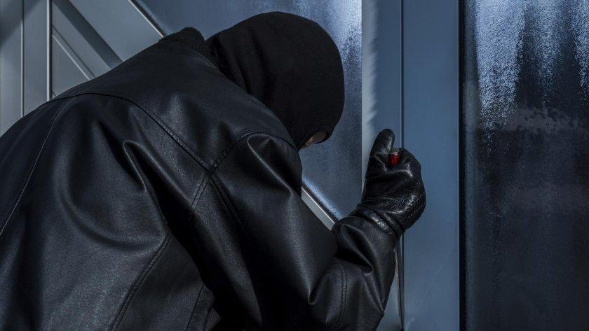 Бинго! Крадец гепи пощенски марки за €435 милиона
