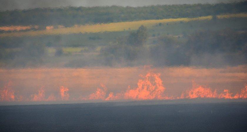 Борбата с пожара между Стара Загора и Хасково продължава четвърти ден