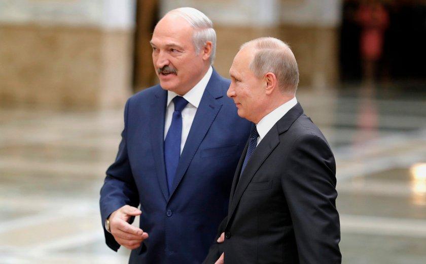 Лукашенко помолил Путин за оръжия, Минск си осигури $1,5 млрд. заем от Москва