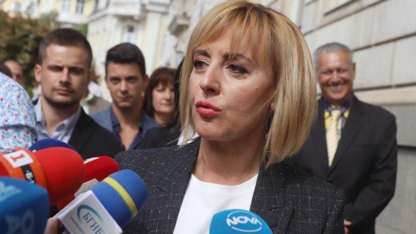 """Мая Манолова с Татяна Дончева, ДБГ и """"Волт"""" на изборите"""
