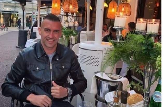След скандала с ареста на Мартин Камбуров, футболистът разпуска в Кан