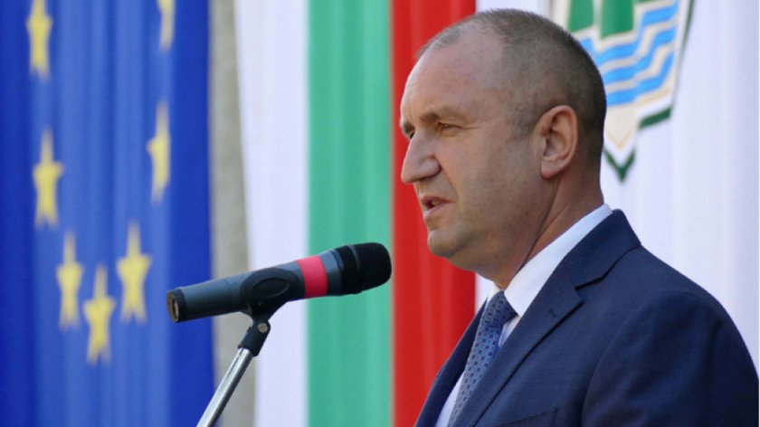 Президентът Румен Радев ще присъства на празника на Карнобат