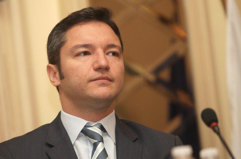 Вигенин остър: ГЕРБ вече е ГРБ след решението на комисията LIBE
