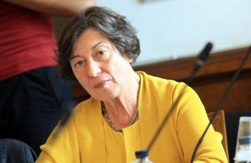 Правният съветник на Радев: Нямат право да четат проект за конституция
