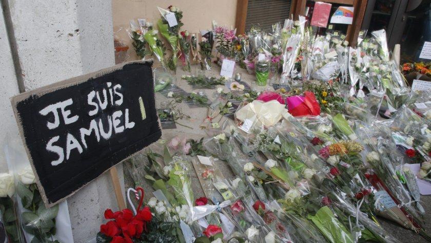 Убиецът на френския учител качил трупа му в туитър