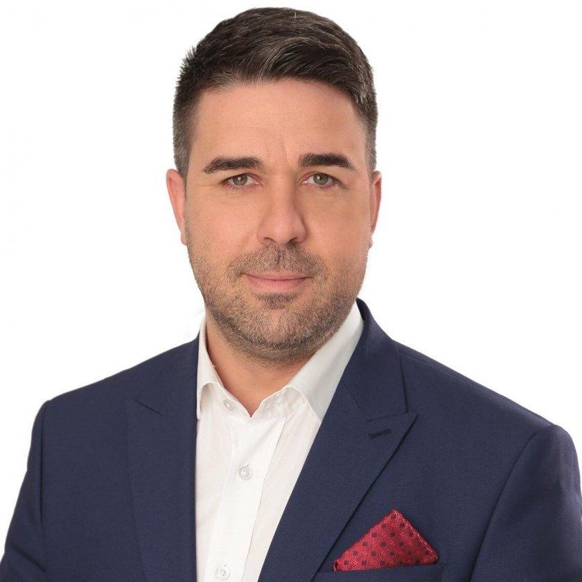 Това, което имаме като републиканци: Градевски псува каруцарски известна депутатка