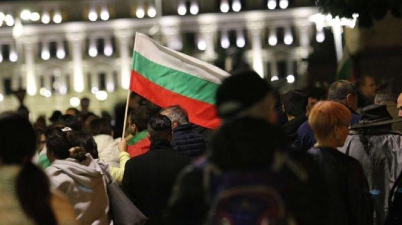"""Ден 102: Протестиращите блокираха бул. """"Цар Освободител"""""""