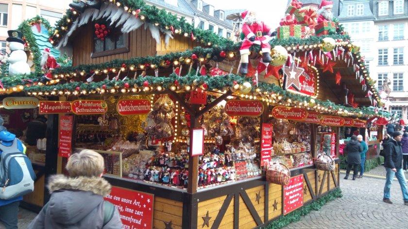 """Коледата невъзможна: Препоръчват на германците да празнуват Рождество """"на смени"""""""