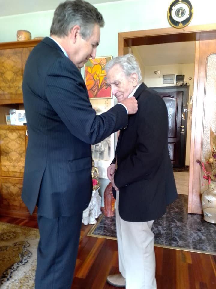 Испанският крал награди Анжел Вагенщайн (СНИМКИ)