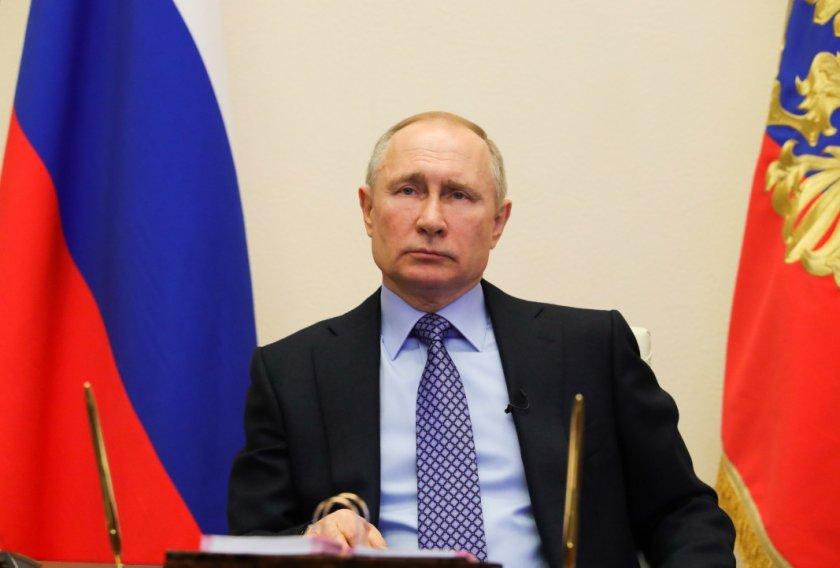 Русия удължи ембаргото върху западни храни до края на 2021-а
