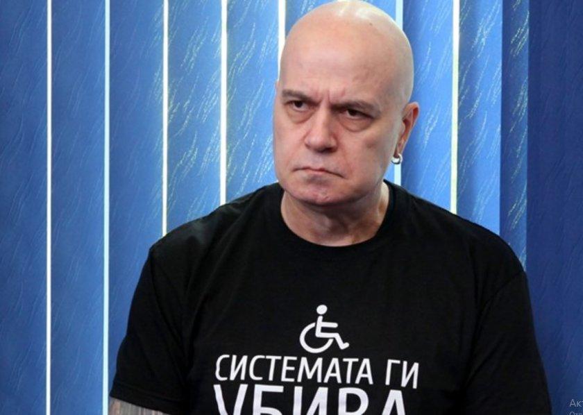 Слави в атака: Властта даде 25 млн. за субсидии, не за медицински хеликоптери