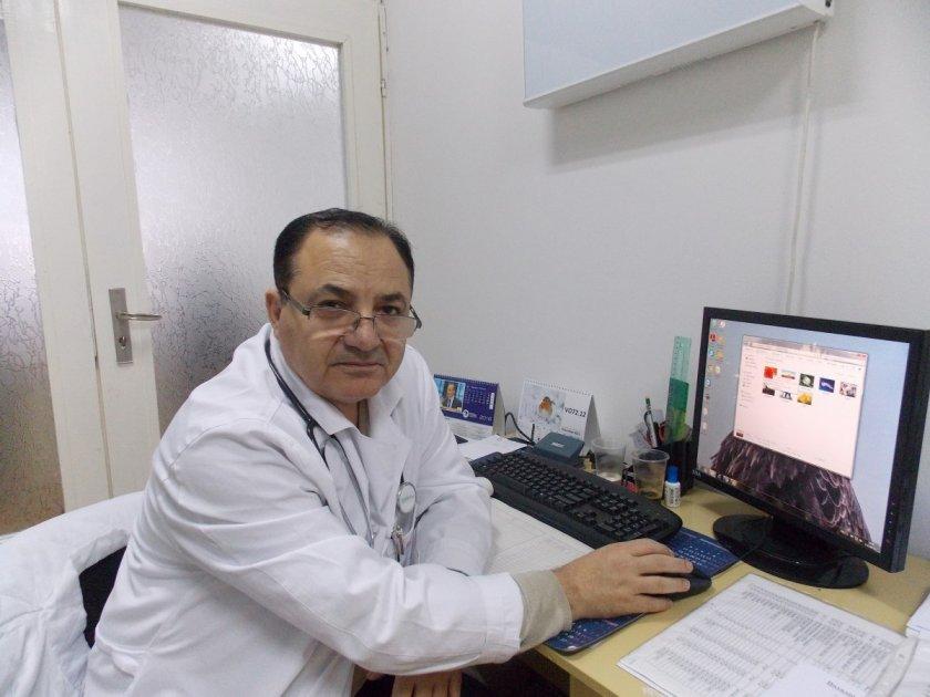 Д-р Бруск Халил: Възможна е трета вълна от коронавирус лятото