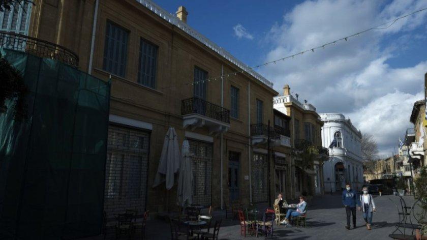 Кипър въвежда нови ограничения заради Covid-19