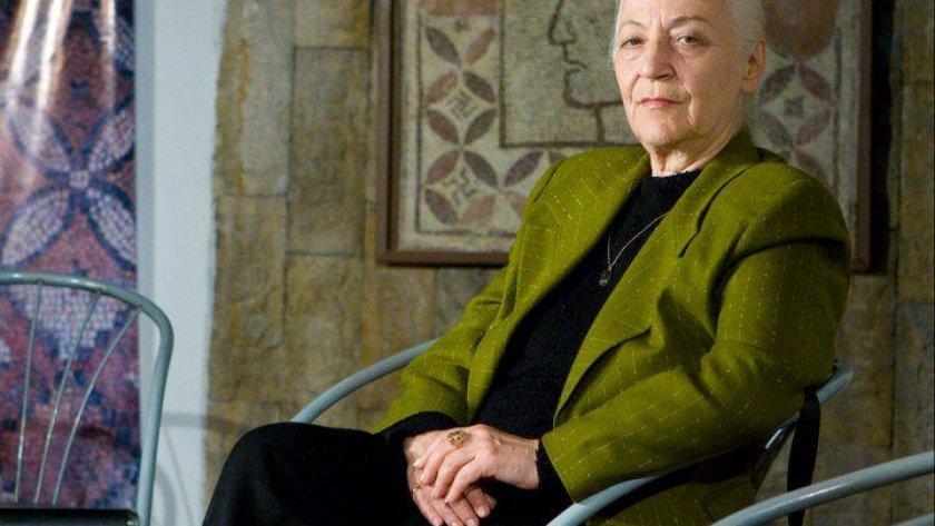 Сестрата на Мария Нейкова издъхна в старчески дом