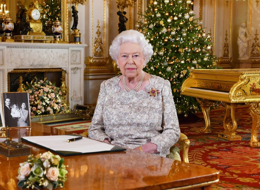 Елизабет II ще посрещне Коледа в замъка Уиндзор за първи път от 30 г.