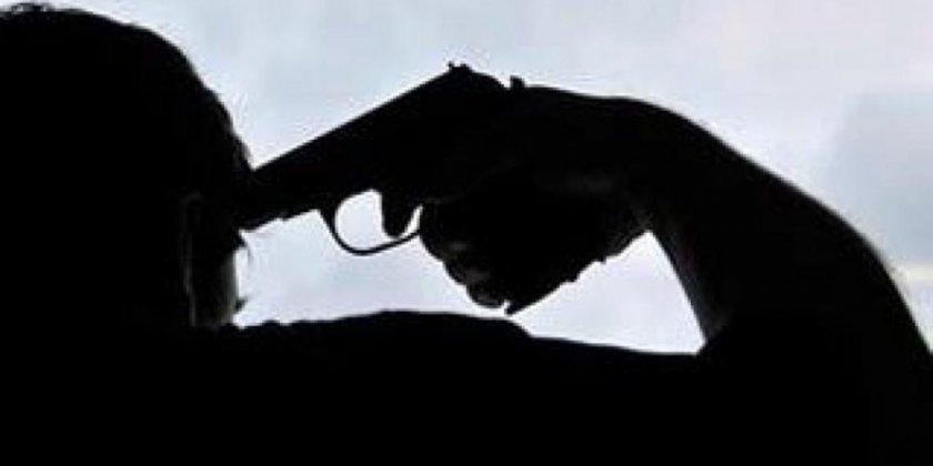 Пак драма в Пловдивско: Студент се гръмна с пистолета на баща си