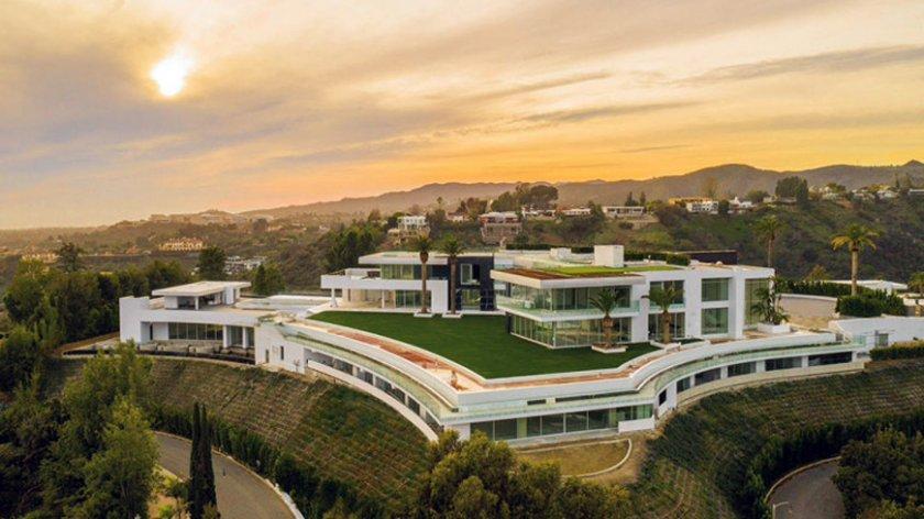 Имате $340 милиона излишни? Най-скъпият дом в Америка си търси купувач