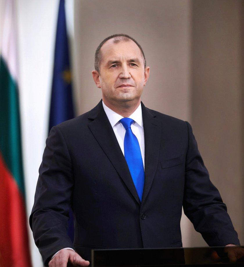 Радев казва датата за изборите в обръщение към народа днес