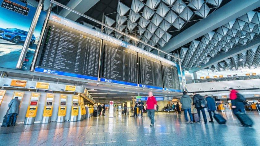 Стрелба на летището във Франкфурт