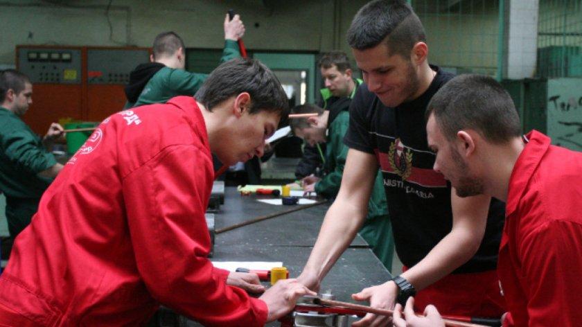 Професионалните гимназии в Стара Загора настояват за възстановяване на практиките